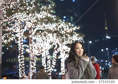 서울 명동 밤거리 37543185