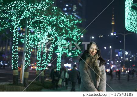 서울 명동 밤거리 37543188