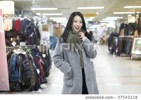 서울 명동 밤거리 37543218