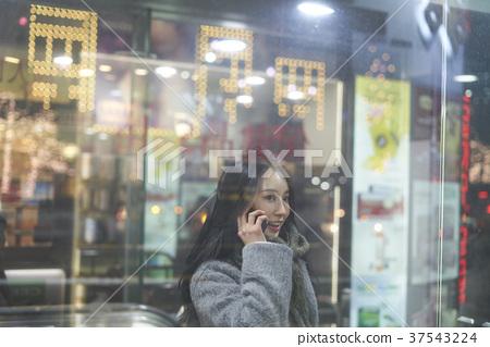 서울 명동 밤거리 37543224