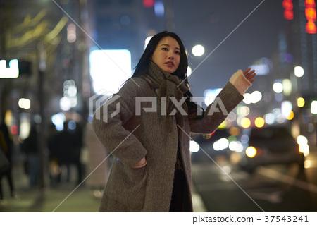 서울 명동 밤거리 37543241