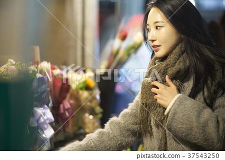 서울 명동 밤거리 37543250