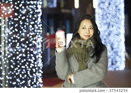 서울 명동 밤거리 37543254
