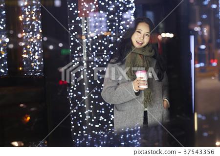 서울 명동 밤거리 37543356