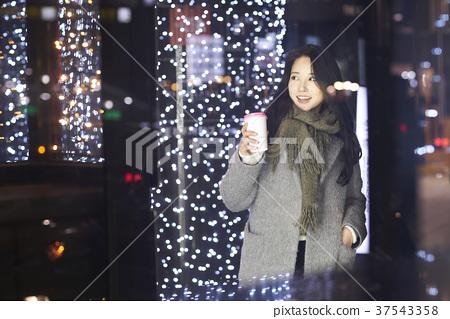 서울 명동 밤거리 37543358