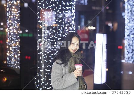 서울 명동 밤거리 37543359