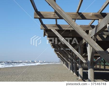 稻毛海岸车站 蓝天 蓝蓝的天空 37546748