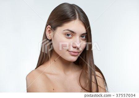 Fullface type half profile portrait of a young 37557034