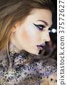 art, fashion, woman 37572627
