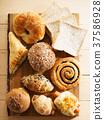 breads 37586928