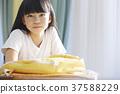 小学生放学后教室女孩 37588229