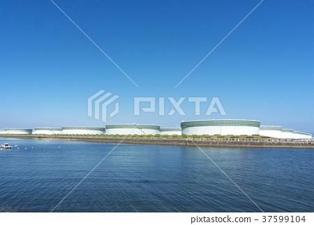 석유 창고 석유 탱크 원유 탱크 이미지 소재 37599104