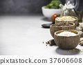 碗 穀類 糧食 37606608