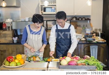 厨房 烹饪 夫妇 37619180