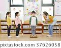 교사, 남자, 유치원생 37626058