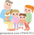 微笑的家庭坐 37645751
