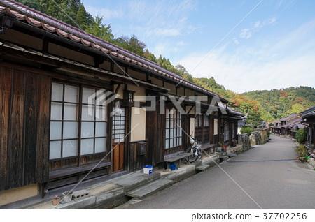 Iwami Ginzan Townscape 37702256