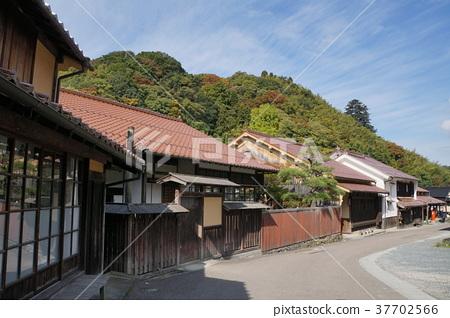 Iwami Ginzan Townscape 37702566