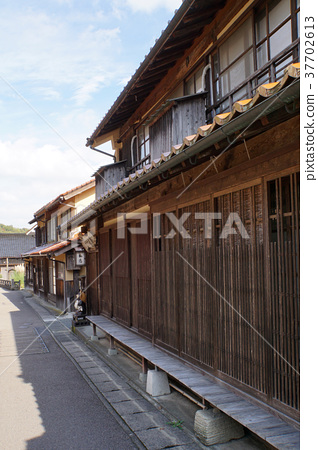 Iwami Ginzan Townscape 37702613