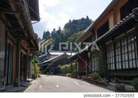 Iwami Ginzan Townscape 37702695