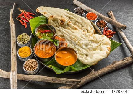 典型的印度咖哩典型的印度咖哩套 37708446