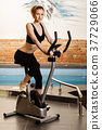 女人 女性 自行车 37729066