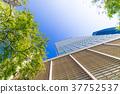 辦公區和綠色的高層建築 37752537