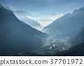山峰 黄色 冬天 37761972