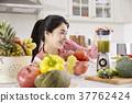 女生 女孩 菜餚 37762424