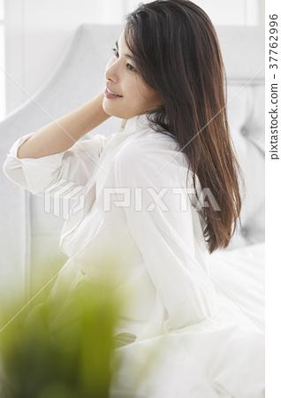 房子,卧室,生活,妇女,韩国人 37762996