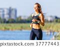 jog, young, woman 37777443