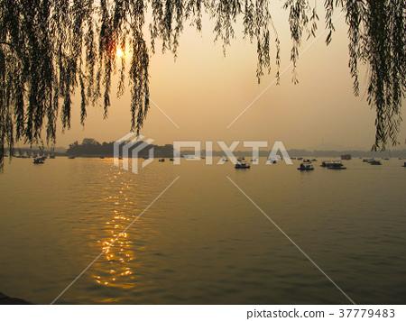 北京頤和園西堤夕陽西下 37779483