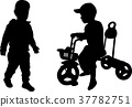 silhouettes of two toddlers 37782751