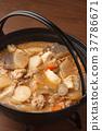 pork soup, pork miso soup, tonjiru 37786671
