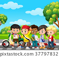 Five children in the park 37797832