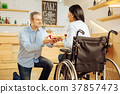 couple, proposal, wheelchair 37857473