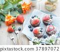 蛋糕 巧克力蛋糕 草莓蛋糕 37897072