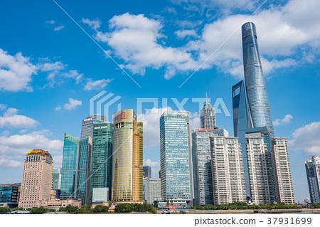 中國,上海摩天大樓白天 37931699
