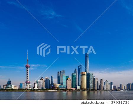 中國,上海摩天大樓白天 37931733