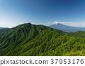 堆 許多 山峰 37953176