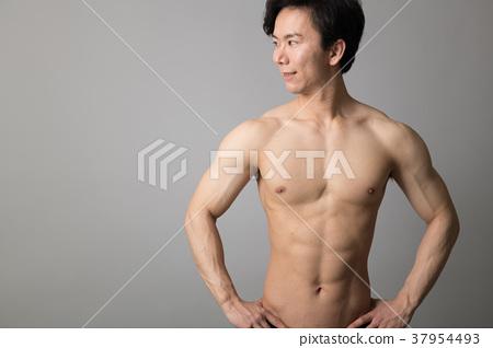 男運動員赤裸的身體美 37954493