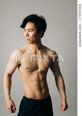 男運動員裸體腹部肌肉 37954568