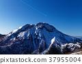 ฤดูหนาวแสงแดด Shirane และเมฆบนเครื่องบิน 37955004