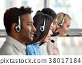 耳机 合作 团队合作 38017184