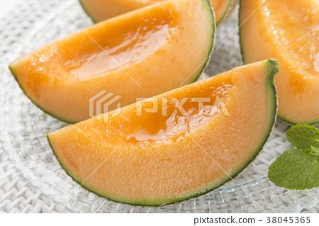 這是一個美味的甜瓜。 38045365