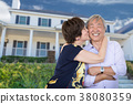 couple, house, senior 38080359