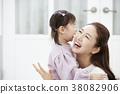 女兒 微笑 笑臉 38082906