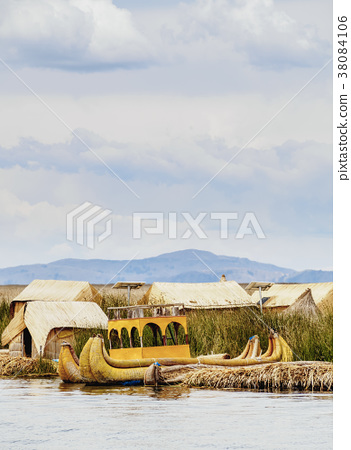 Uros Islands on Lake Titicaca in Peru 38084106