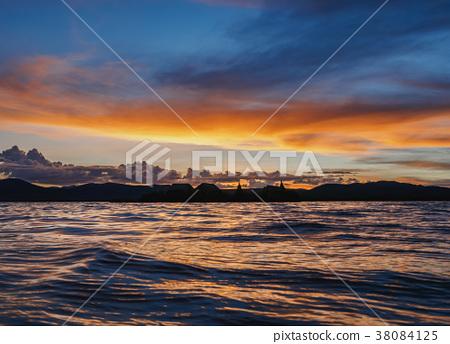 Uros Islands on Lake Titicaca in Peru 38084125