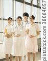 医院的微笑的护士 38084657